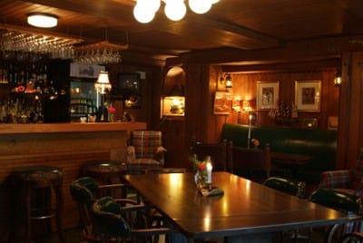 Dicken's Pub