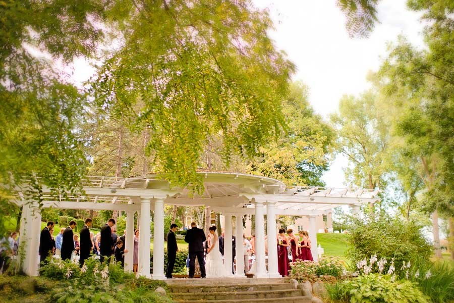 Wedding Ceremony Packages: Outdoor Wedding Ceremony Locations